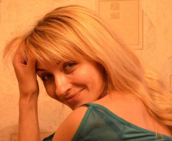 Agenzia Matrimoniale di Milano L'agenzia matrimoniale You & Meet è specializzata nella realizzazione di incontri con ragazze e donne dell'Est Europa, russe e ucraine, desiderose di conoscere persone con le quali intraprendere un percorso di vita comune finalizzato ad una duratura convivenza o al matrimonio. Guarda subito le foto delle ragazze dell'est attive ora.