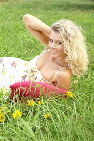 agenzia matrimoniale conoscere serie donne russe ucraine